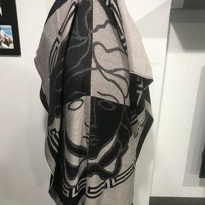 Versace Wrap Scarf 100%Authentic